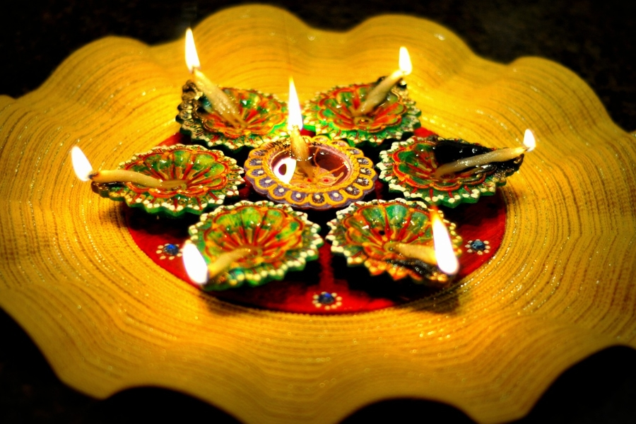 How To Keep Your Kids Buzzing With Activities This Diwali